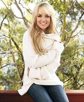 love the hair, sweater, and jeans...really wish I could find the sweater!!!