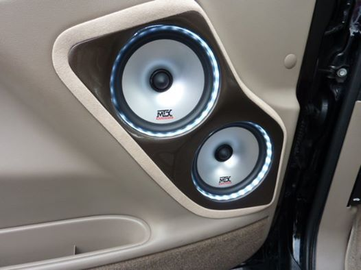 3 Way System With Tx Series Speakers In A Custom Door Pod With Accent Rope Lighting In A Gm Door Panel Car Audio Installation Car Audio Car Audio Systems