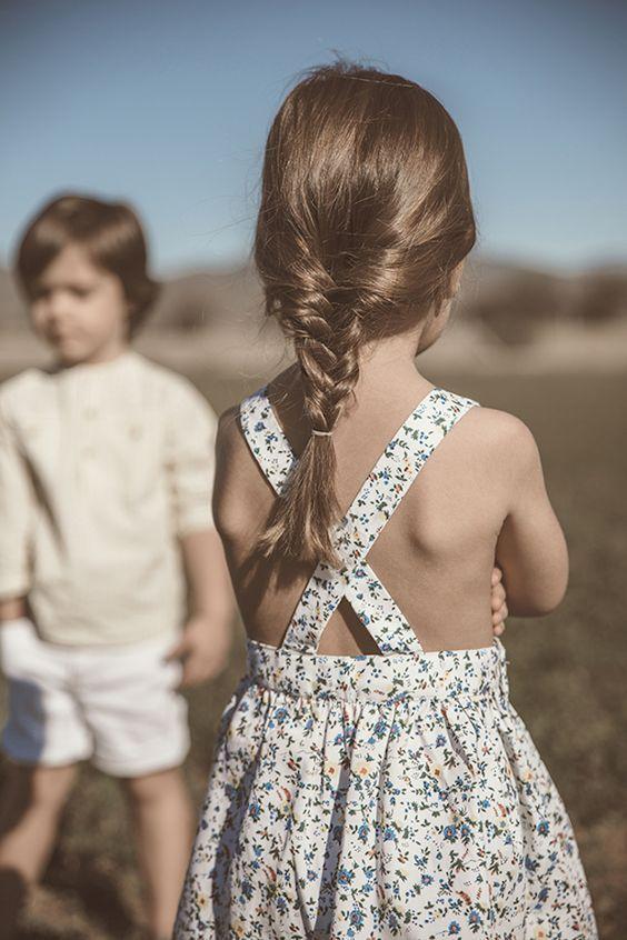 Coiffure petite fille natte Vêtements de petites filles
