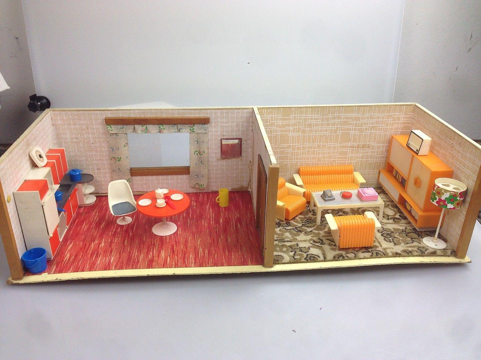 Schöne alte Puppenstube Küche und Wohnzimmer eingerichtet ...
