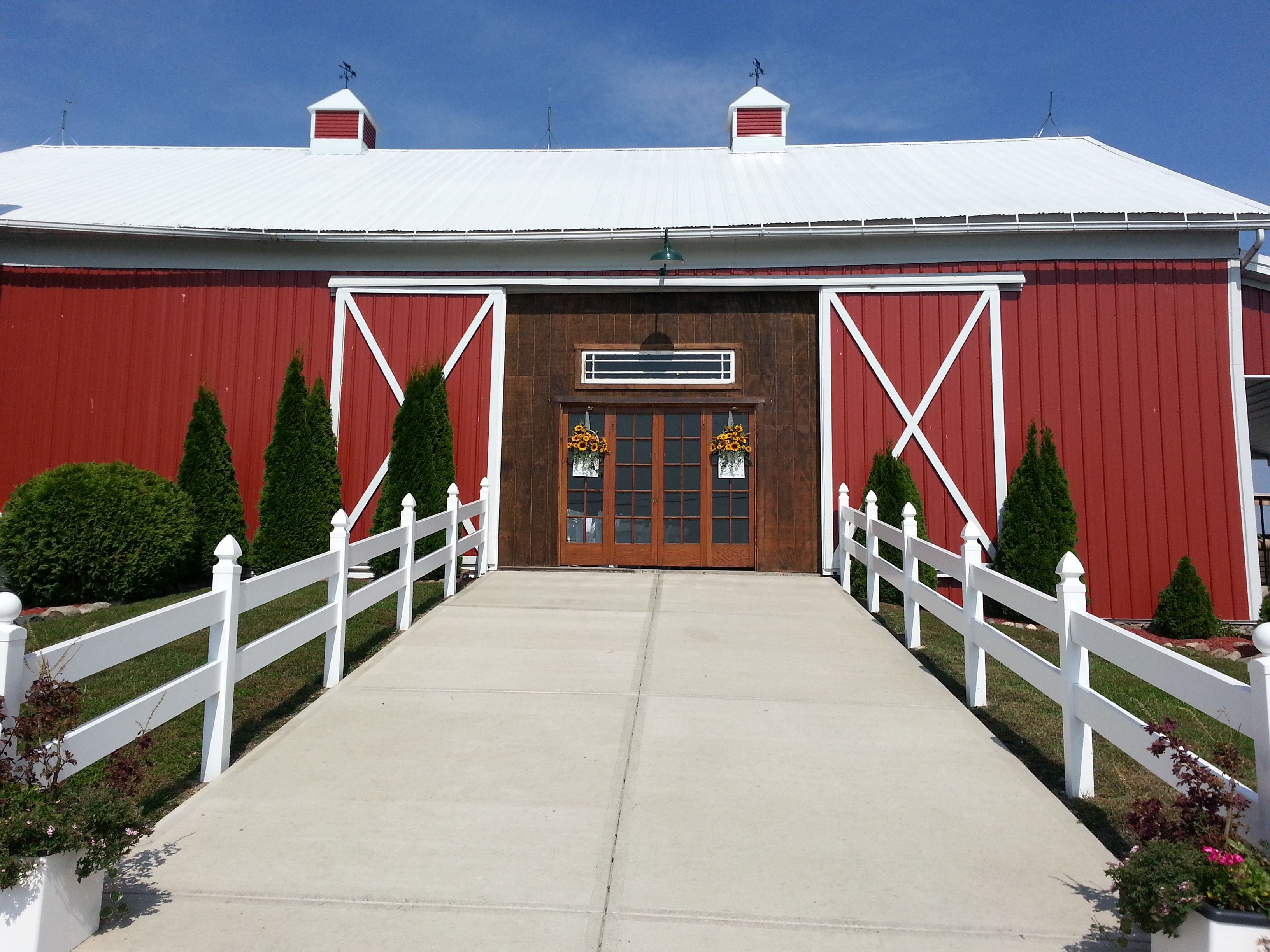 Barn venue for weddings and events northern indiana