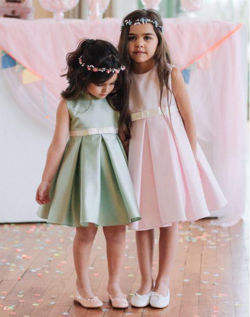 Enfant D Honneur Demoiselle D Honneur Robe De Cortege Pastel Robe Ava Idee Tenue Mariage Cortege Mariage Robe De Demoiselle D Honneur