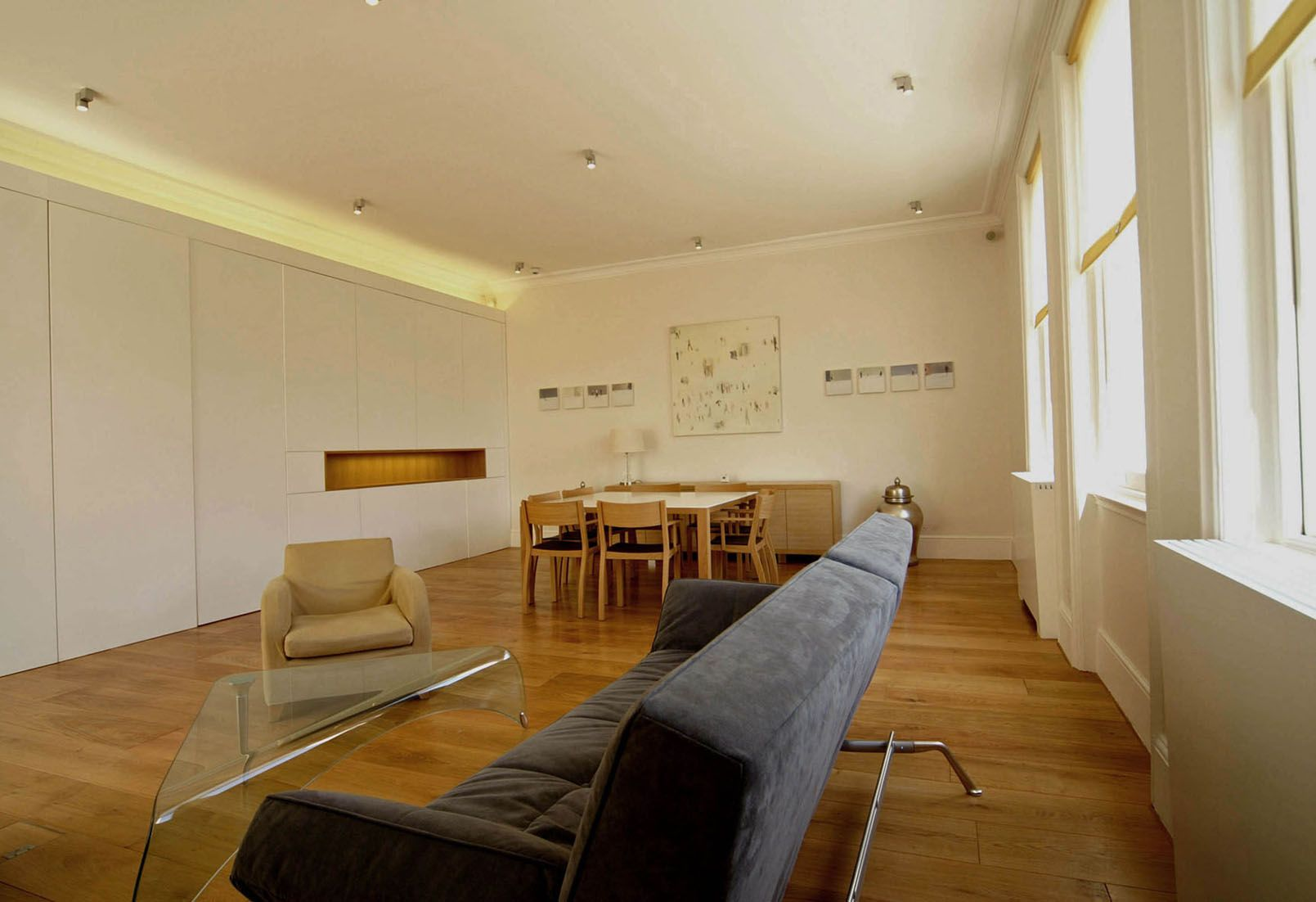 Grade 2 listed apartment in Kensington in London with wide