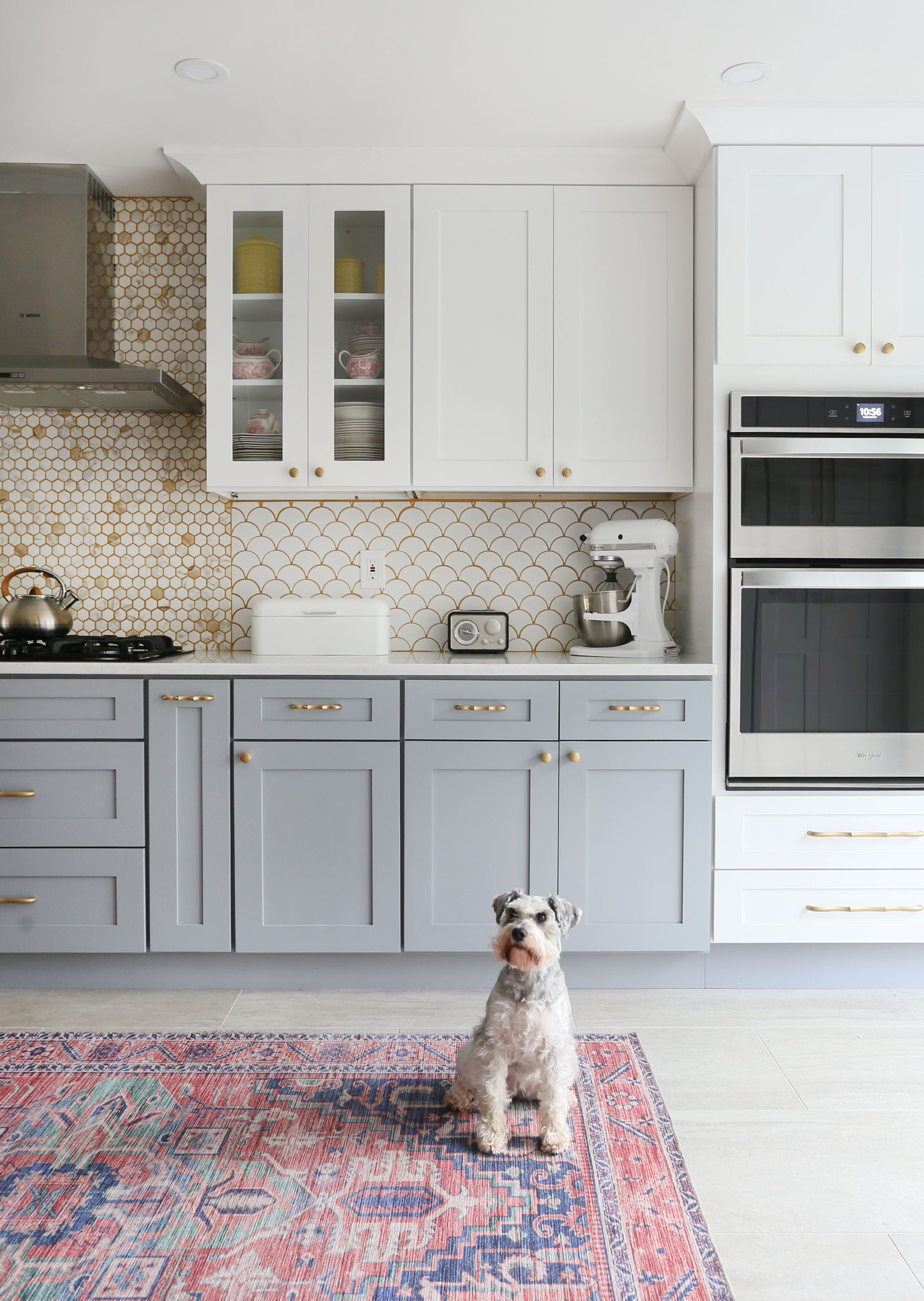 Modern Gray And White Kitchen With Wallpaper And Two Toned Cabinets In 2020 Gray And White Kitchen Kitchen Remodel Small Kitchen Cabinets