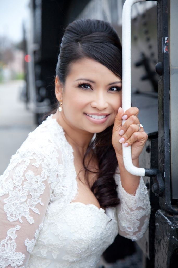 Flawless Wedding Make Up Natural Lip Beautiful Wedding Hair Bridal Hair And Makeup Wedding Hair And Makeup
