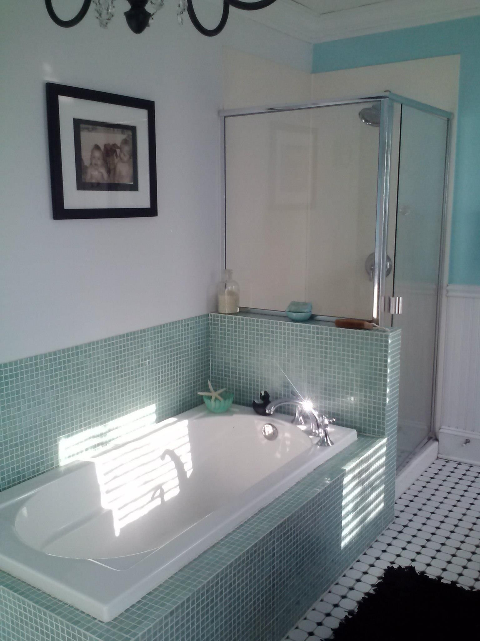 Glass tile tub surround, half wall glass shower | bathrooms ...