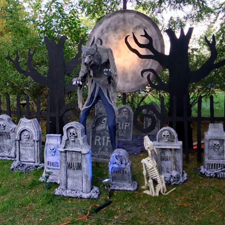How to Create a Spooky Halloween Werewolf Scene Spooky halloween