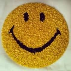 70s Smiley Rug Images Apartment Decorating Themes Hippie Home Decor Diy Home Decor