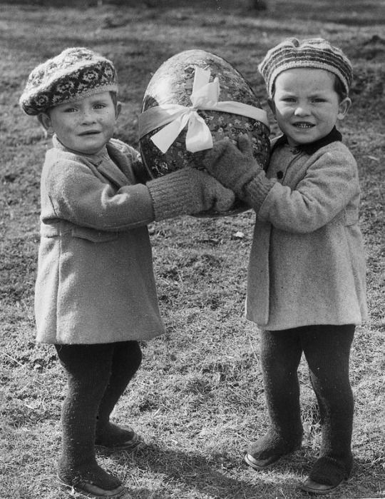 Easter, 1930s-1950s
