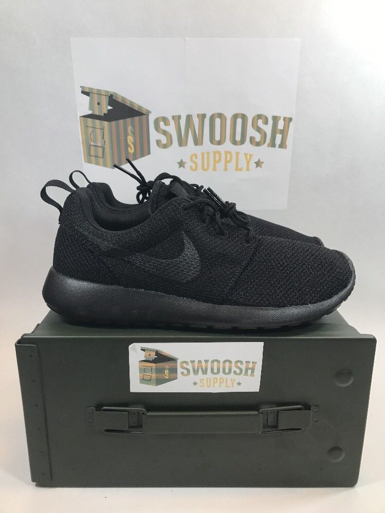 Nike Roshe One Mens 511881-026 Triple Black Mesh Athletic Running Shoes  Size 9.5  Nike  RunningCrossTraining 921b8d1b3