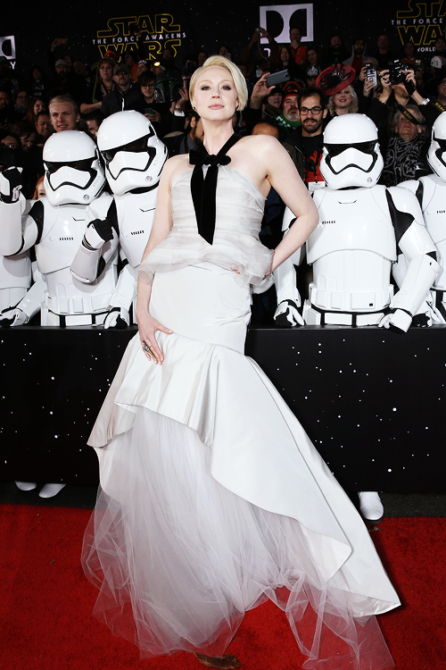 assassinationtipsforladies: mcavoys: Gwendoline Christie attends Premiere of Walt Disney Pictures and Lucasfilm's 'Star Wars: The Force Awakens' on December 14, 2015 in Hollywood, California. Now all I can see is the stormtroopers being her back-up dancers