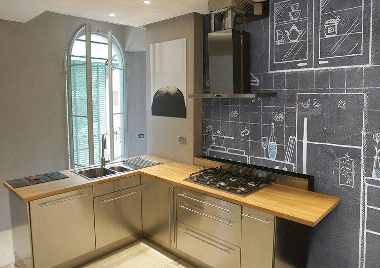 Schultafel mit gezeichneter Küche als Motiv für die Tapete - fototapete für küchenrückwand