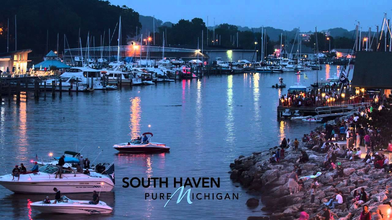 South Haven   A Good Book   Pure Michigan                   HOME<3