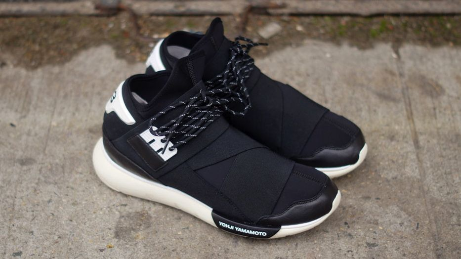 big sale dd504 84105 adidas Y-3 Qasa High - Black  White Sole Collector