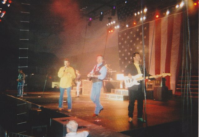 DIAMOND RIO - Poplar Bluff, Missouri - Black River Coliseum (with Billy Gilman) 10/27/01