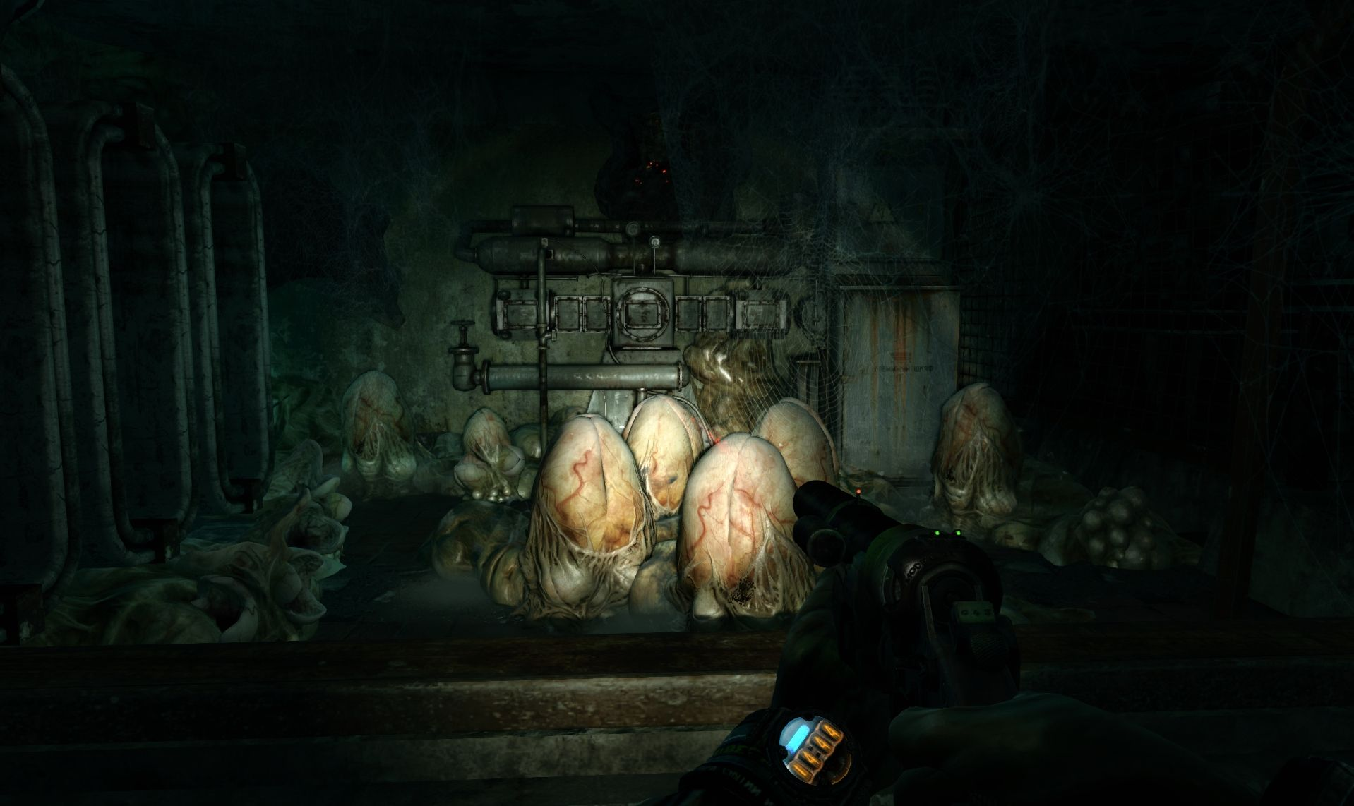 Metro: Last Light se supera en cada DLC  #MetroLastLight