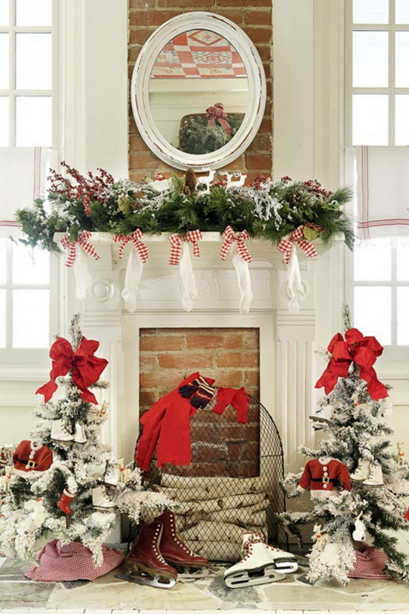 christmas decorating decor for a country home - Fireplace Mantel Christmas Decor