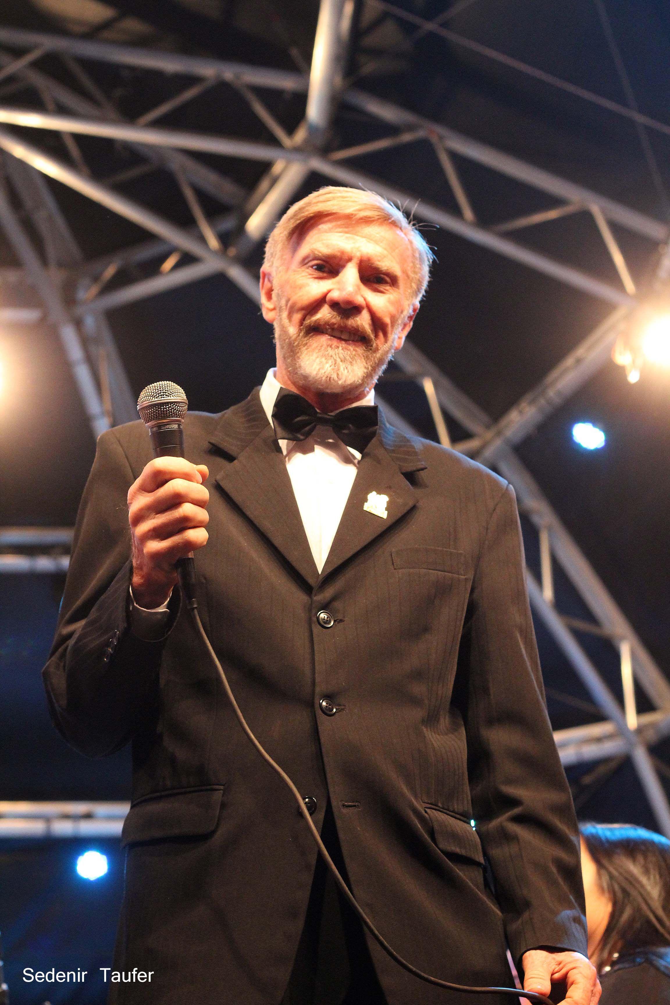 O compositos e poeta Mário Michelon.