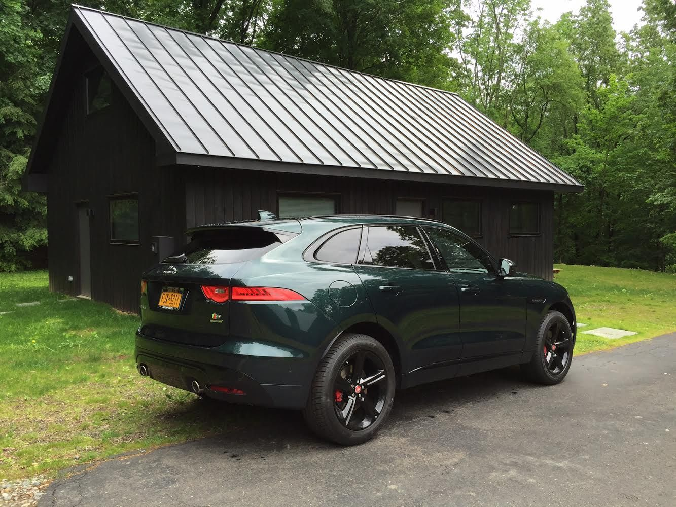2017 jaguar f pace green. Picked Up My F-Pace On Friday And Loving Every Minute. I Thought I\u0027d Post These Pics Since There Aren\u0027t Too Many Of British Racing Green With The 2017 Jaguar F Pace