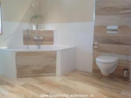 Bilder Fliesen In Holzoptik Badezimmerideen In 2020 Fliesen Holzoptik Badezimmer Holzoptik Badgestaltung