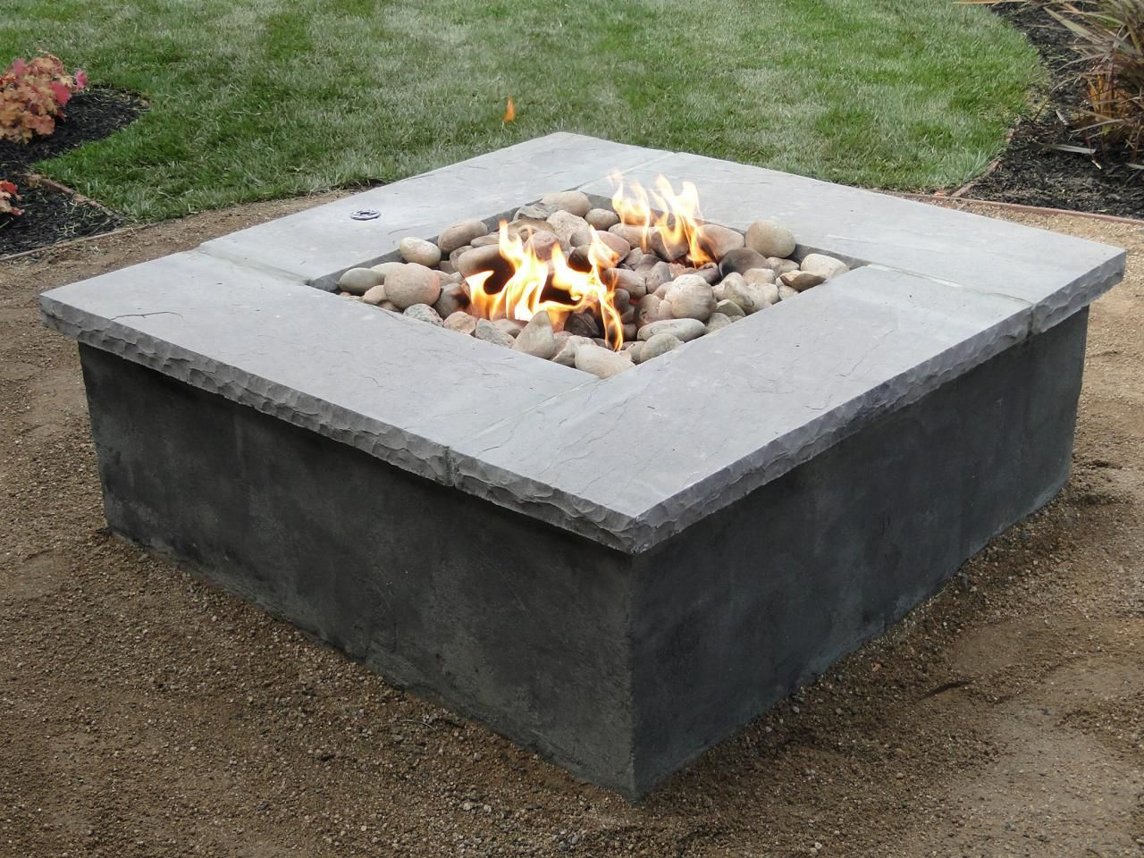 Diy concrete propane fire pit fire pits pinterest for Buy outdoor fire pit