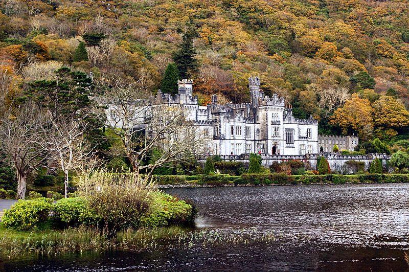 Kylemore Abbey Castle - Connemara, Galway