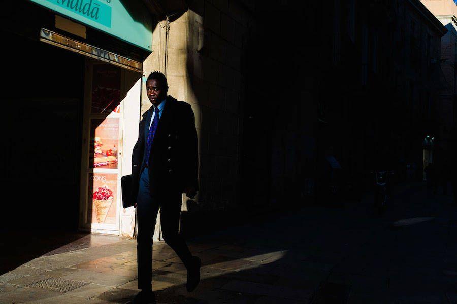Daily Scenes In Barcelona By Skander Khlif En Vogue Barcelona Photography Et Fashion