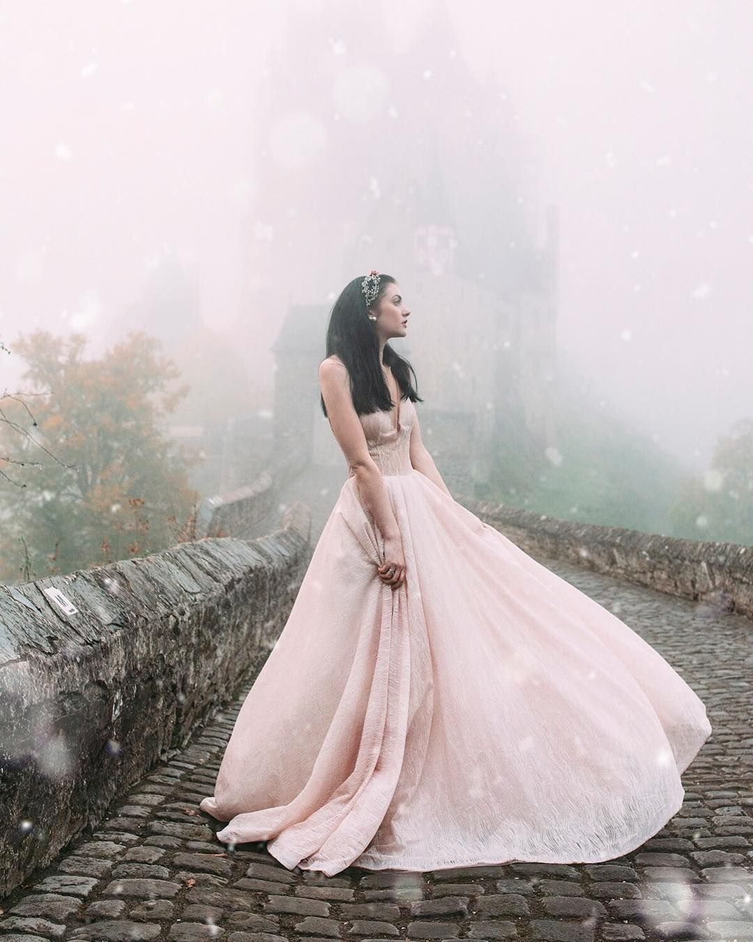Pin By Eva R On Gowns In 2019
