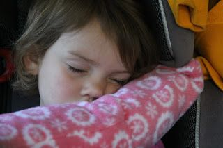 Child seatbelt pillow with tutorial (have already pinned something like this, but will need