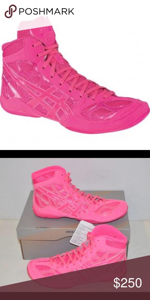 Wrestling shoes, Asics wrestling shoes
