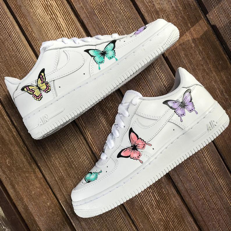 Custom sneakers Nike Air Force 1 ''Butterflies'' Custom