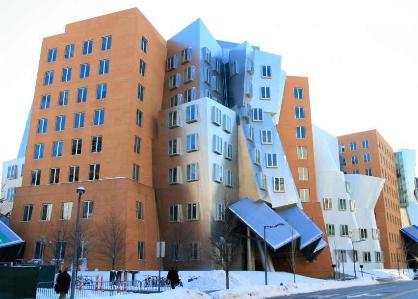 The Architecture Of Mit 10 Impressive Buildings On The Tech University S Campus Gehry Architecture Unique Buildings Frank Gehry Architecture