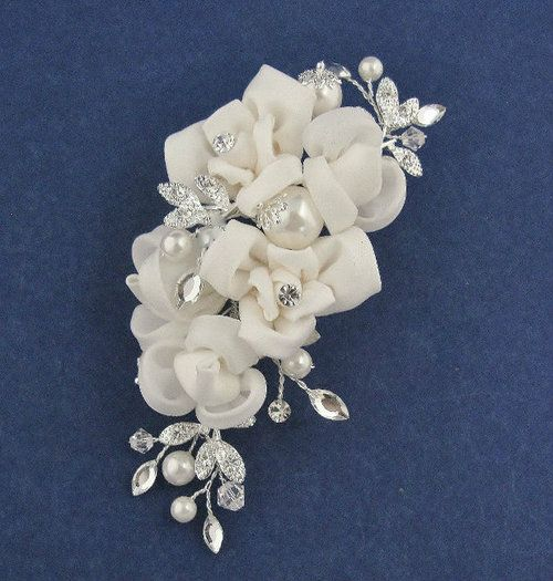 3c248df42b Pin by Sutura Bridal on Headpieces