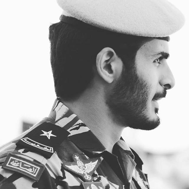 Websta Khk Bin Hamad 1991 Qatar Qatari Doha Prince Sealinebeach State Of Qatar Khalifa Khalifabinhamad Prince And Princess Celebrities Captain Hat