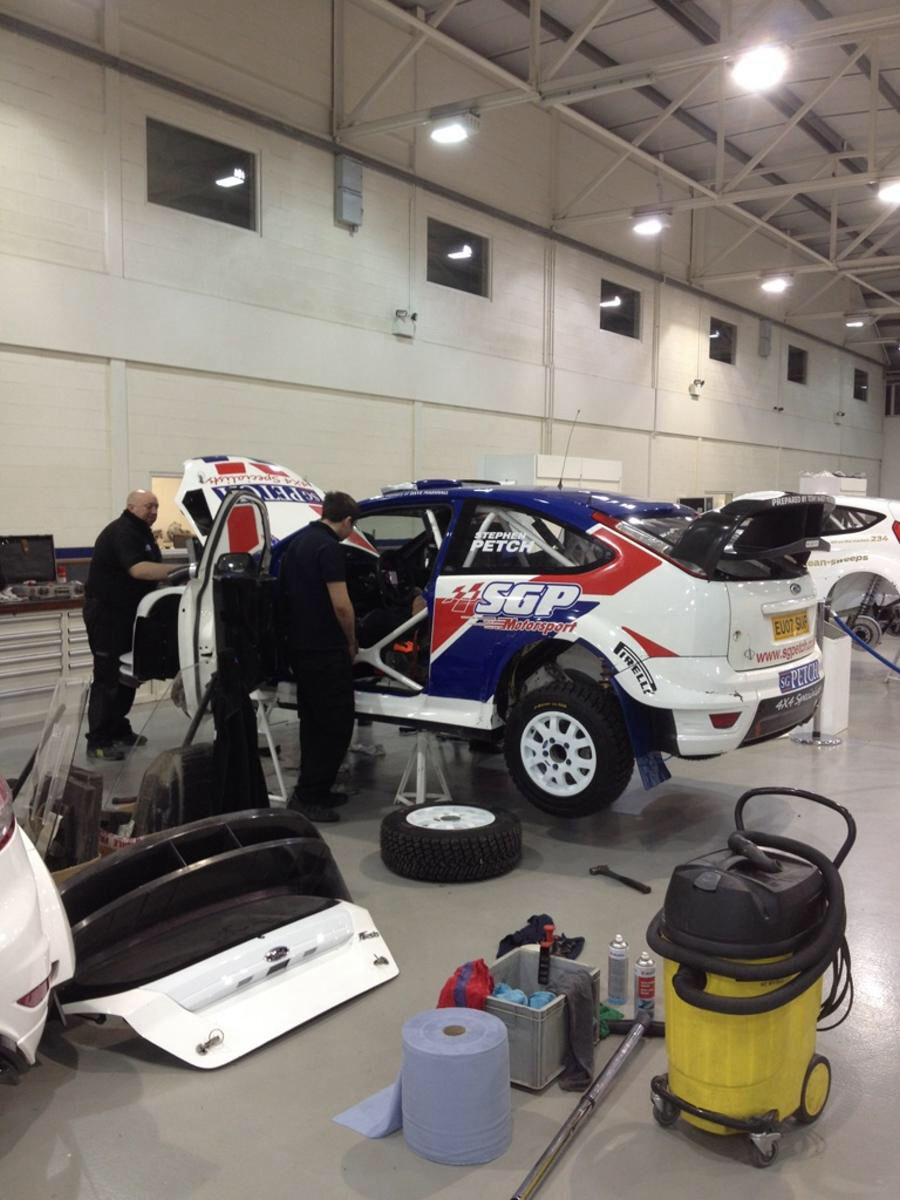 The lads putting in a late shift at M-Sport after a driveshaft snapped in testing, damaging the gearbox. Lucky it was the Malcolm Wilson Rally.