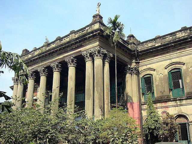 Old Zamindar Residence North Calcutta India Photograph By Kanad Sanyal Via Flickr This Photo Was Taken On January 21 2007 Thi Calcutta Building Mansions