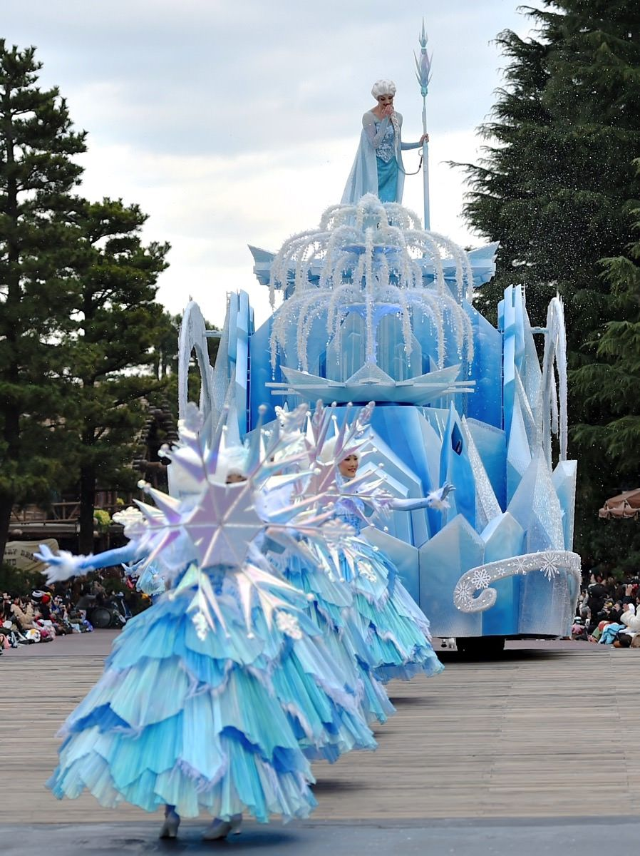 Frozen Fountain Frozen Fountain And Snowflake Dancers Dlove Jp Let It Snow 4