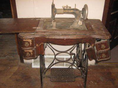 Antique/vintage New Home Treadle Sewing Machine 1909   Antique ...