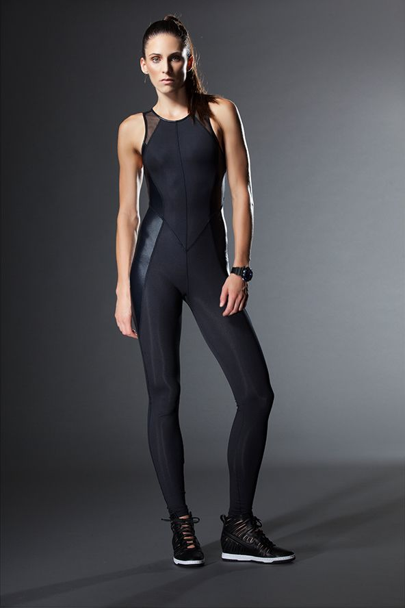 carbon38 39 s edgy take on athleisure workout clothes. Black Bedroom Furniture Sets. Home Design Ideas