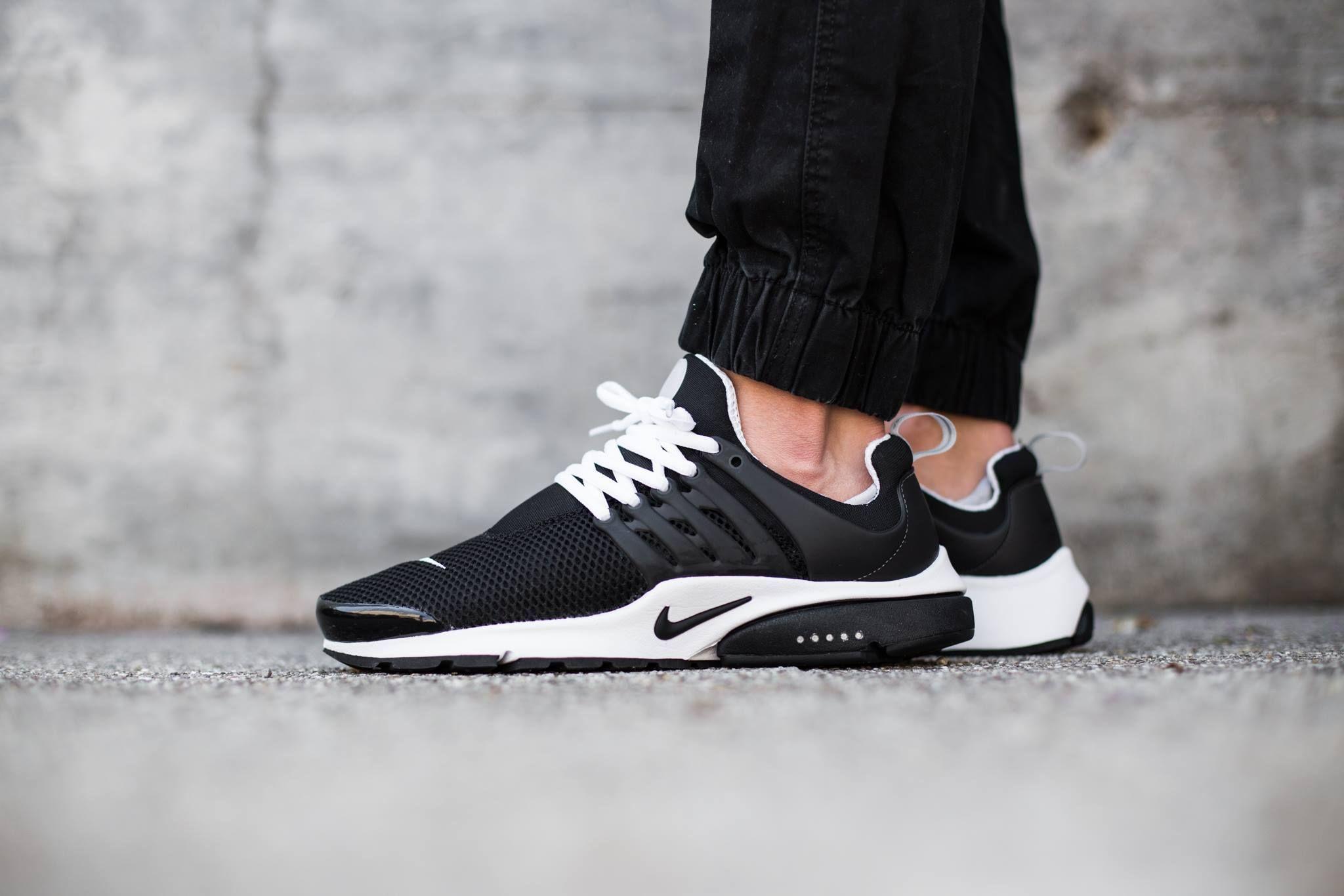 Nike Air Presto White Black