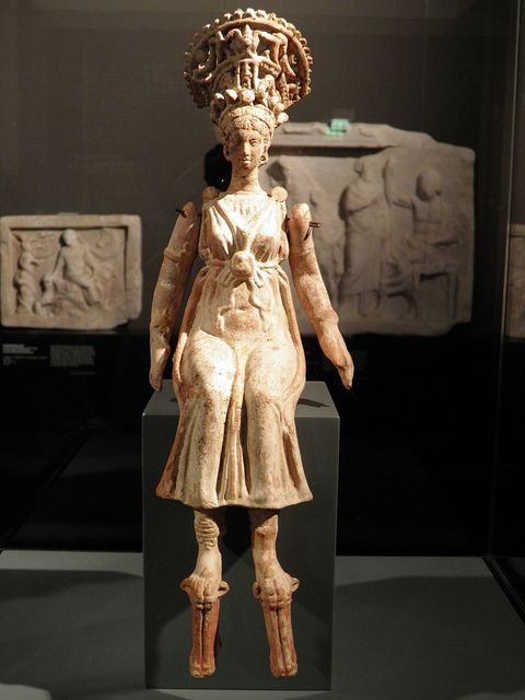 Maiden In Wedding Adornment From Kyme Aiolis 100 50 Bc Pergamon Panorama Of The Ancient City Exhibition Pergamon Museum Berlin Ancient Egyptian Art Ancient Artifacts Ancient Goddesses