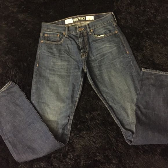 Old Navy Jeans Never worn. 100% Cotton. Got the wrong size and I threw away the receipt. Please use Offer Button for lowest Price  LOWBALL OFFERS WILL BE DECLINED ❌ Old Navy Jeans