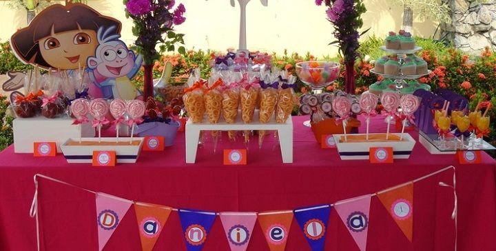 Pin de karina roxana avendano salgado en karina avendano for Decoracion de mesas dulces infantiles