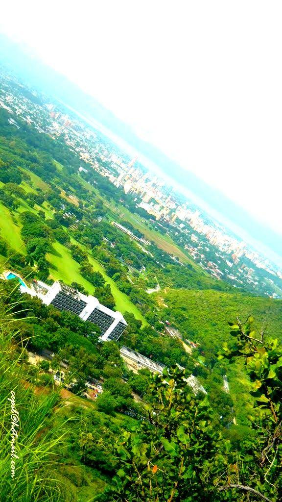 Vista aérea del Hotel de Golf Maracay en el norte de Maracay ...