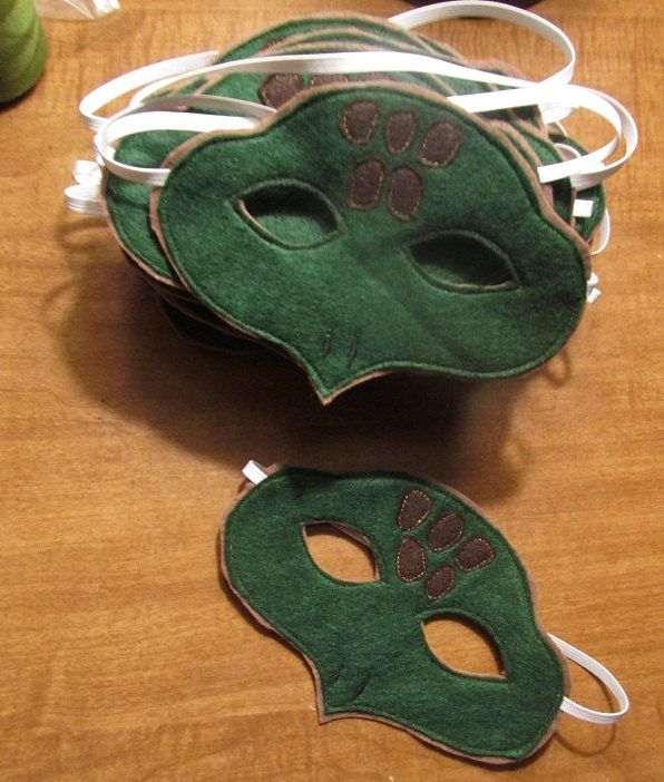 Felt Turtle Mask.