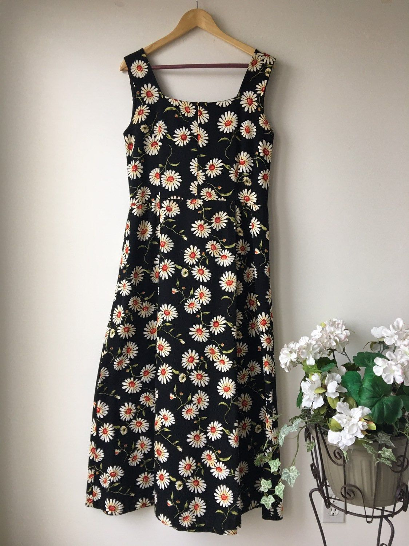 Daisy Maxi Dress Long Sleeveless Summer Dress 70s 80s Black White Flower Power Ms Emma Dress Medium Weight Long Maxi Dress Sleeveless Dress Summer Maxi Dress [ 1500 x 1124 Pixel ]