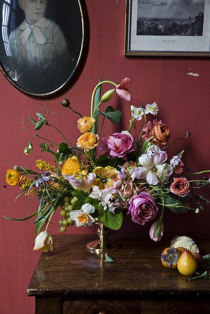 кой би повярвал?  цветята, които убиха кокошката (виж другите фотографии)  Little_Flower_School_0148 by Nicole Franzen Photography, via Flickr
