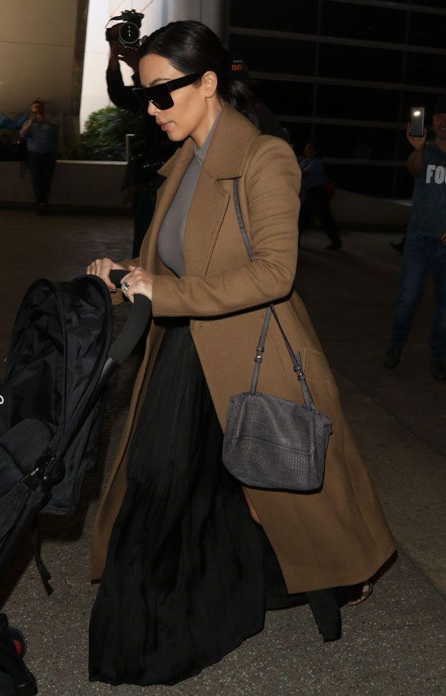 Kim-Kardashian-Givenchy-Mini-Pandora-Bag-8  3fa4ad9c0a66c