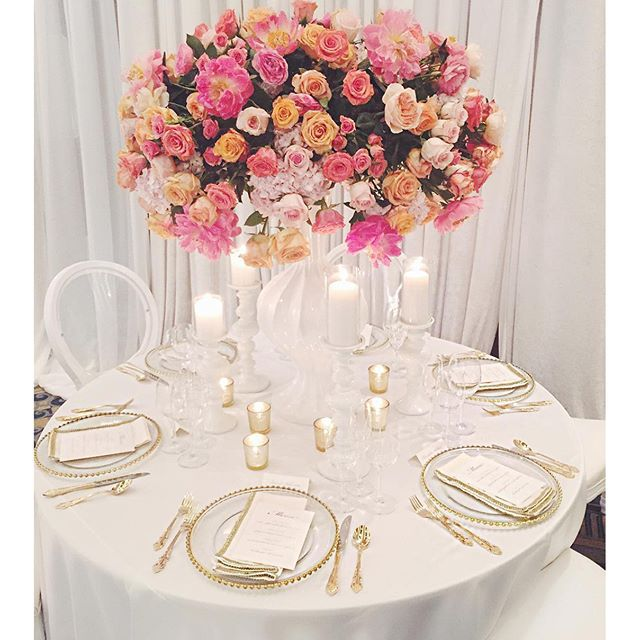 Stunning #tablescape designed by #eclatdecor.