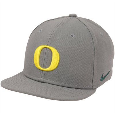 Nike Oregon Ducks True Authentic Fitted Baseball Hat - Anthracite ... 17413b729a6